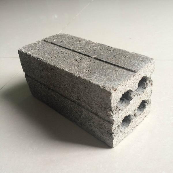 gạch bê tông 4 lỗ